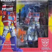 Kaiyodo Amazing Yamaguchi Revoltech No 014 - Transformers Convoy Optimus Prime